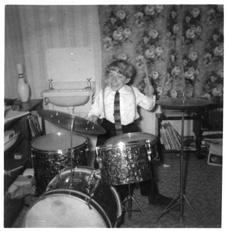 Steve Williams drummer / dwarf actor FIRST DRUM KIT
